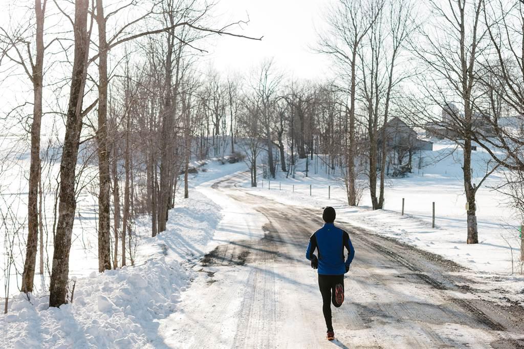 689a4793 Выбор кроссовок для зимнего бега: особенности, выбор, покупка