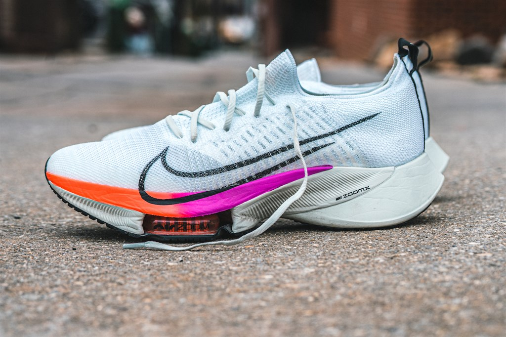 Nike Air Zoom Tempo Next% обзор 2021